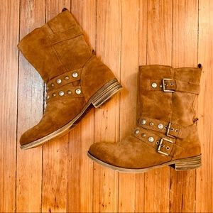 Crown vintage studded brown buckle boot. 8